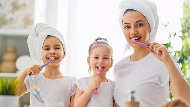 Brushing your toddlers teeth a step by step guide